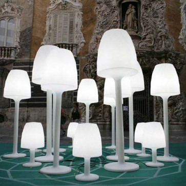 Vases Lampara de Pie medium iluminada