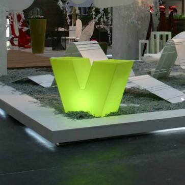 Macetero UVE LED